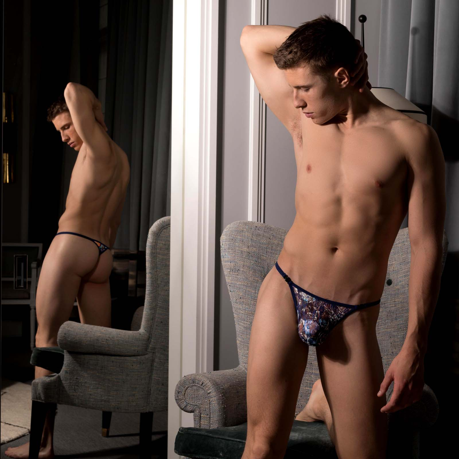 String L Homme Invisible Constellation MY83CST